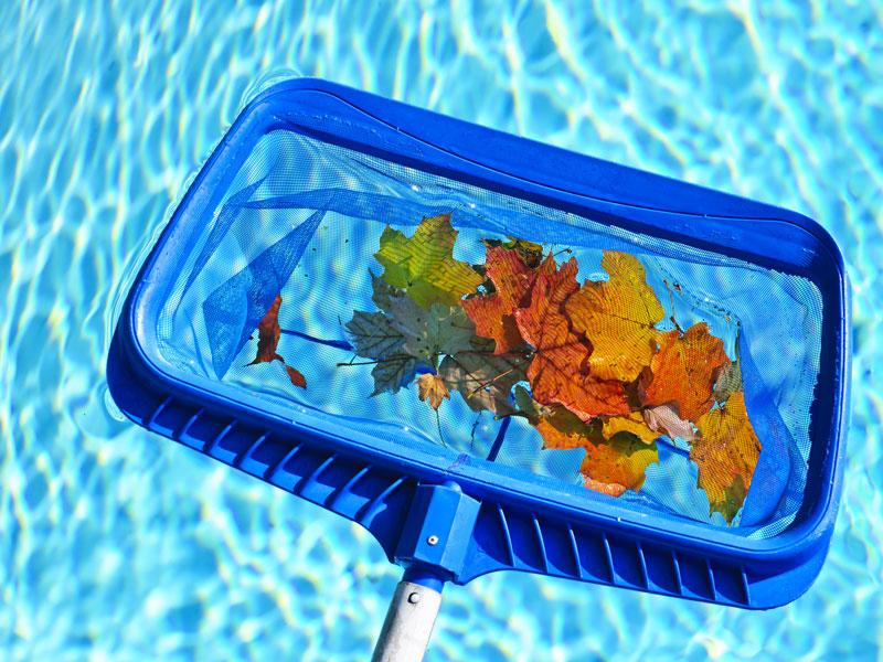 9limpeza-de-piscinas-2