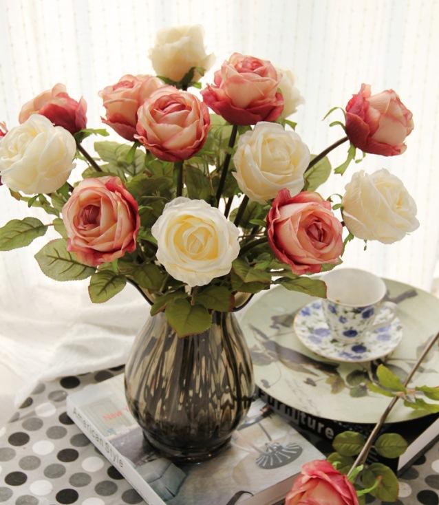 Flores artificiais x Flores reais