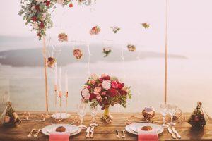 Como economizar na decoração de um casamento