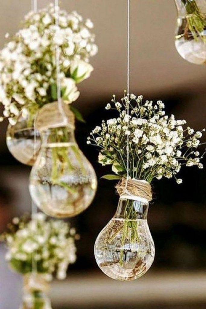 Reaproveite lâmpadas para decoração do casamento